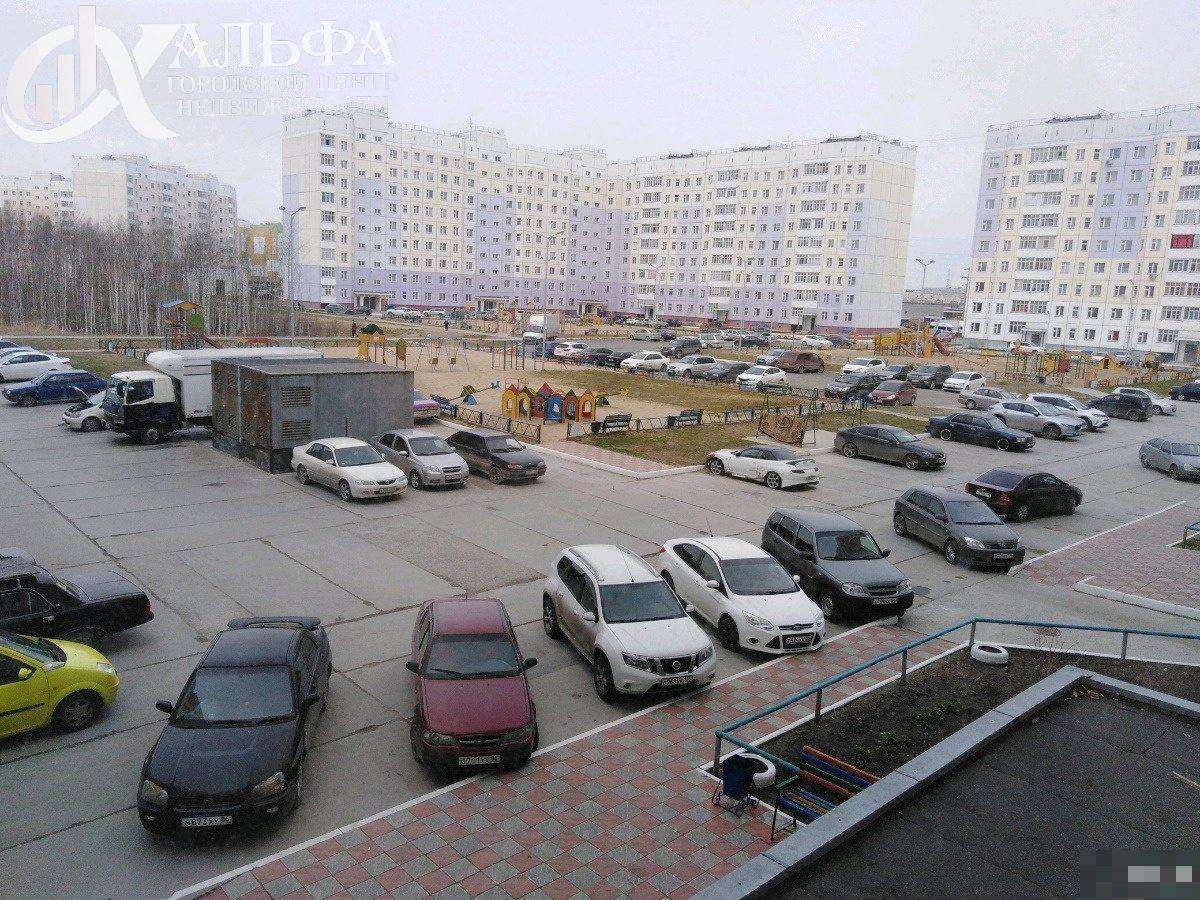 Продам 2-комн. квартиру, Ханты-Мансийский Автономный округ - Югра, Нижневартовск, Северная улица, 116