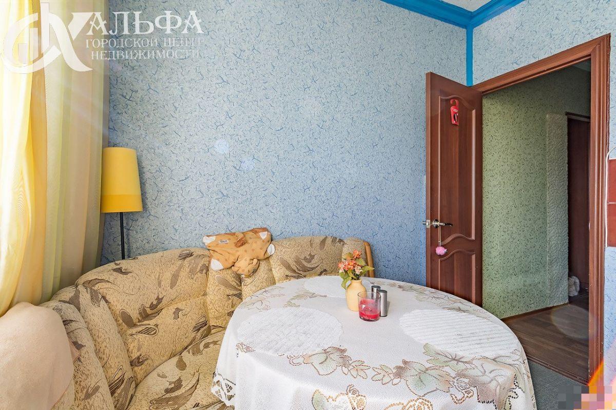 Продам 2-комн. квартиру, Ханты-Мансийский Автономный округ - Югра, Нижневартовск, Улица Мира, 60К4