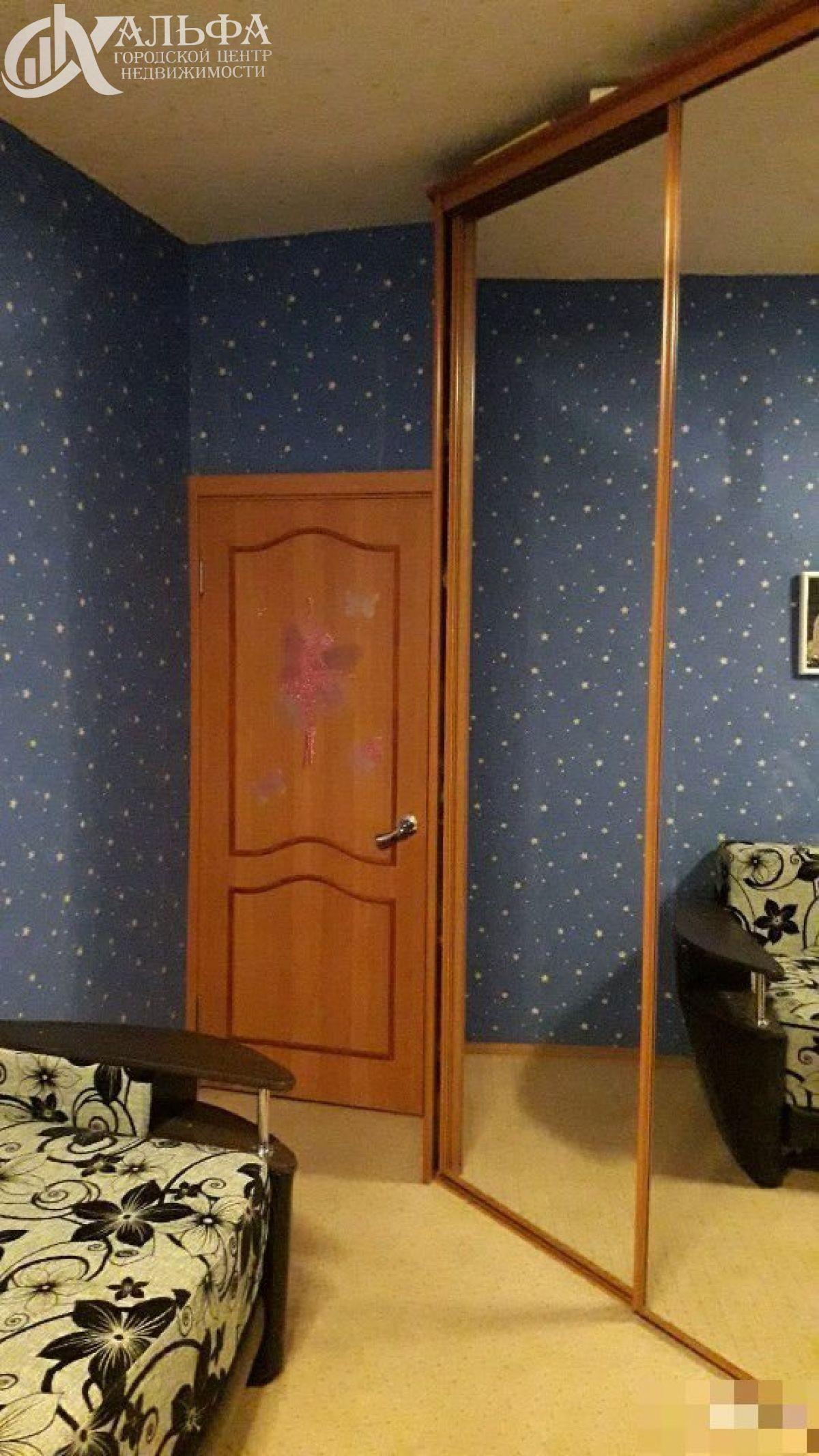 Продам 2-комн. квартиру, Ханты-Мансийский Автономный округ - Югра, Нижневартовск, Интернациональная ул
